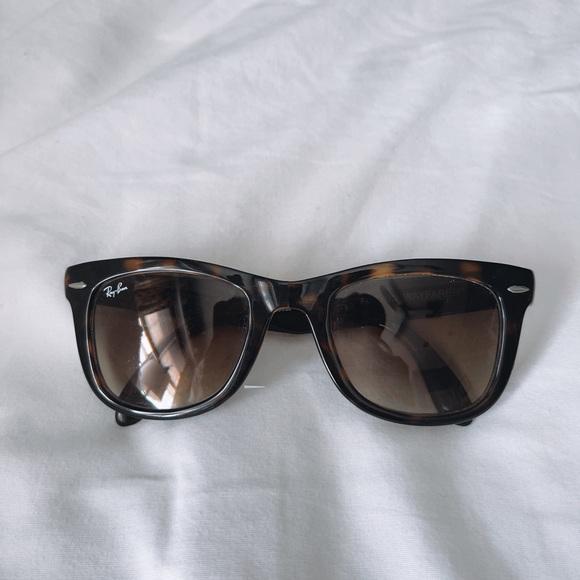 brown tortoise ray ban wayfarer sunglasses